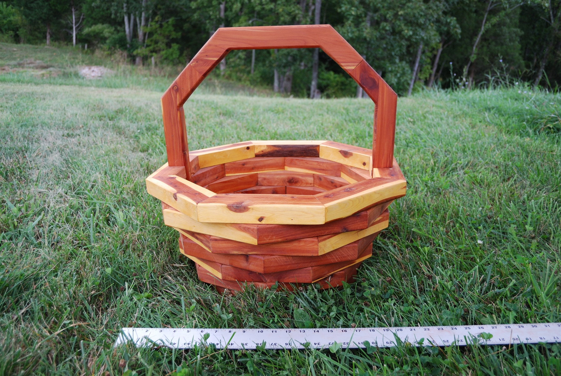 8-Sided Large Basket Planter