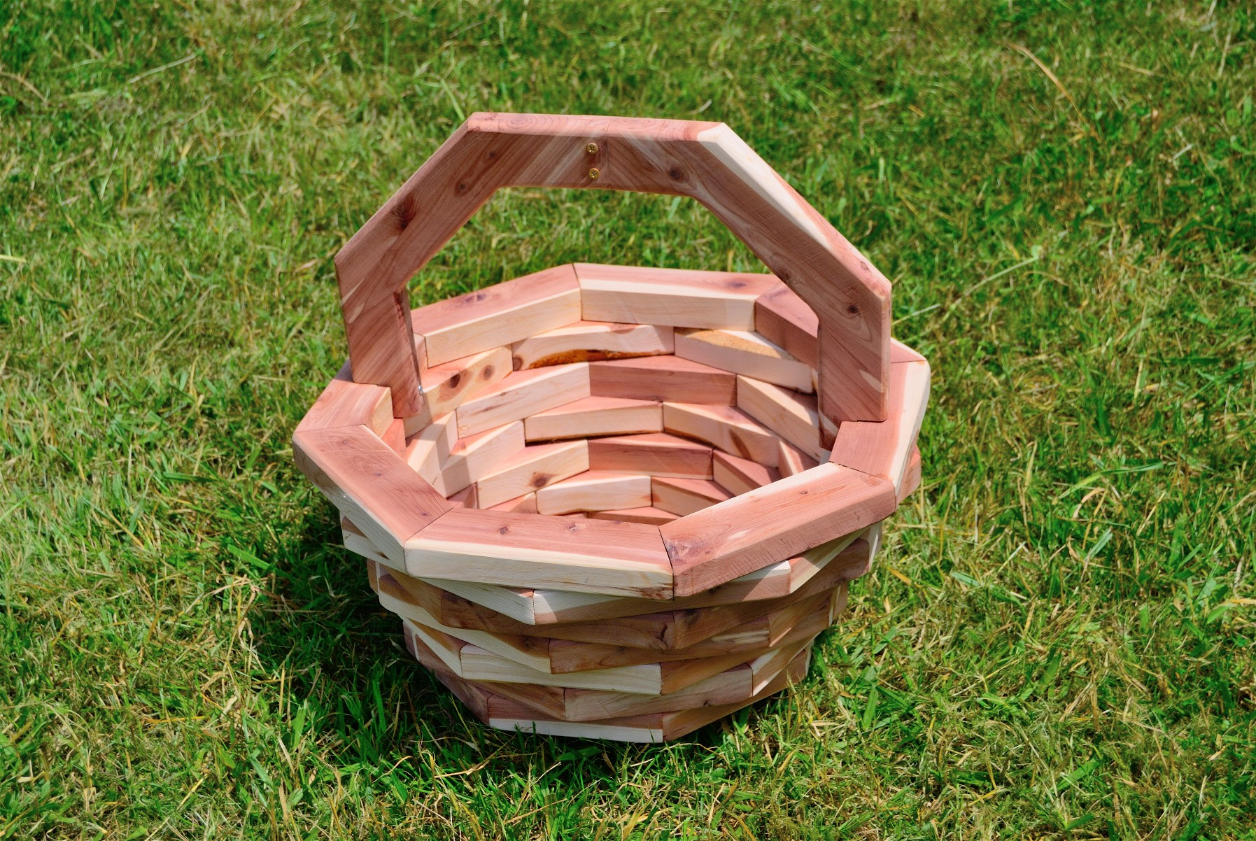 8-Sided Small Basket Planter